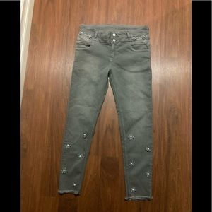 Legs denim gray crop jeans size 32 with flowers